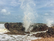 Felsen auf dem Meer Lizenzfreie Stockfotografie