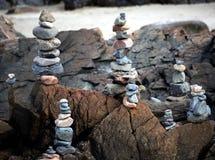 Felsen auf dem Strand stockfotografie