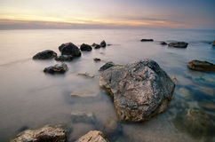Felsen auf der Küste Lizenzfreies Stockfoto