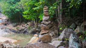 Felsen-Balance Sport draußen Große Berge Stockfotografie