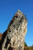 Felsen-Bergsteiger auf Felsen von Krim Stockbilder