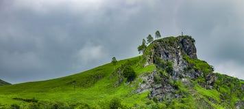 Felsen am Col. d 'Aubisque im hohen Pyrennes stockbild