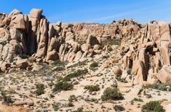 Felsen in der Mojavewüste Stockfoto