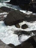Felsen im italienischen Meer Lizenzfreie Stockbilder