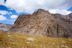 Felsen in Kichik-Alai-Strecke Stockbilder
