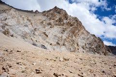 Felsen in Kichik-Alai-Strecke Lizenzfreie Stockbilder