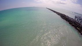 Felsen an Miami Beach Süd-Pointe-Park stock footage