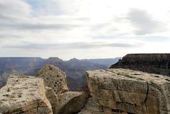 Felsen mit einer Ansicht Lizenzfreies Stockbild