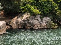 Felsen nahe Konglor-Höhle Lizenzfreie Stockfotos