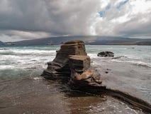 Felsen-Plattform und Seelöwe Stockfotos