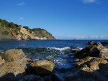 Felsen am Strand, Palamos, Costa Brava, Spanien Lizenzfreies Stockfoto