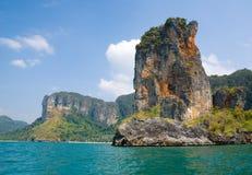 Felsen Strandes des AO-Nang Lizenzfreie Stockfotos