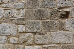 Felsen- und Marmorwand Alte Backsteinmauer Lizenzfreies Stockfoto