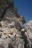 Felsen und Meer. lizenzfreie stockfotografie
