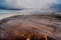 Felsen und Meer in Helsinki in Finnland Lizenzfreie Stockfotos