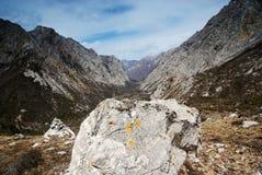 Felsen und Schlucht Stockfotos
