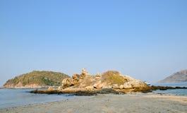 Felsen und Strand Stockbilder