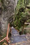 Felsen und Treppen Stockfoto