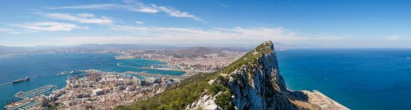 Felsen von Gibraltar - Panoramablick lizenzfreie stockfotografie