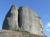 Felsen von Meteora in Griechenland lizenzfreie stockfotografie