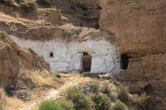 Felsenhaus in Guadix Spanien, Andalusien lizenzfreies stockfoto
