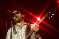 Felsensänger Lenny Kravitz am Konzert lizenzfreie stockfotos