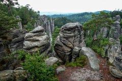 Felsensäulen-Naturpark Ansicht von den Gebirgsoberteilen Stockfoto