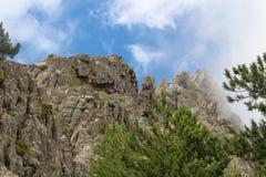 Felsformation auf Wanderweg, Corse, Frankreich Stockbild