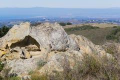 Felsformation, Garland Ranch Regional Park, Carmel Valley, Kalifornien lizenzfreie stockbilder