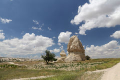 Felsformationen im Klingen-Tal, Cappadocia Lizenzfreie Stockfotos