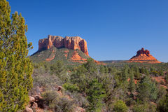 Felsformationen nahe Sedona Arizona stockbilder