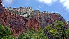 Felsformationen und Landschaft bei Zion National Park Stockfotografie