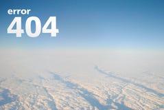 Felsida 404 för den website-, himmel- och molnsikten från flygplanet, vit märker ` för inskrift`-fel 404, _ Arkivfoto