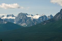 Felsige Berge Alberta Canada Snowy Lizenzfreie Stockbilder