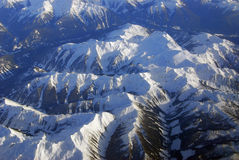 Felsige Berge des Winters Stockfotos