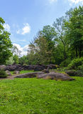 Felsige Flusssteine Lizenzfreies Stockfoto