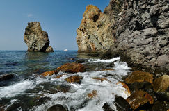 Felsige Küste Stockfoto