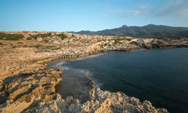 Felsige Küste, Davlos Nord-Zypern Lizenzfreie Stockfotografie