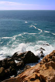 Felsige Küste von Bolonia Lizenzfreies Stockbild