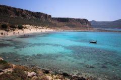 Felsige Küste von Griechenland stockfotos