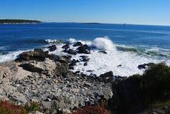 Felsige Küstenlinie des Kaps Elizabeth in Maine lizenzfreie stockbilder