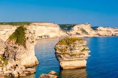 Felsige Küstenlinie von Bonifacio Corsica Lizenzfreies Stockfoto