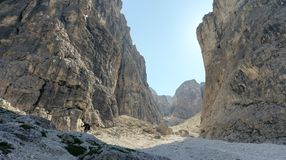 Felsige Landschaft in den Dolomit, Italien Stockbild