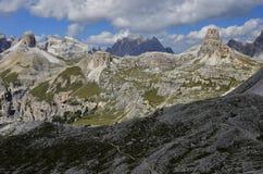 Felsige Spitzen der italienischen Dolomit Stockfotos