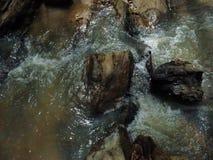 Felsiger Nebenfluss Stockfotos
