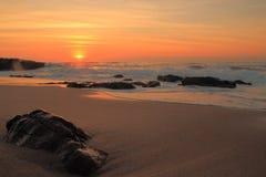 Felsiger Sonnenaufgang Stockbild