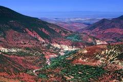 Felsiges Tal auf der Straße von Marrakesch zu Ouarzazate, Marokko Stockbilder