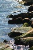 Felsiges Ufer Lizenzfreie Stockfotos