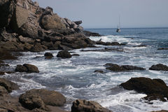 Felsiges Ufer bei Coches Prietos Stockfoto