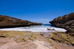 Felsiges Ufereingang shete boca Nationalpark lizenzfreie stockfotos